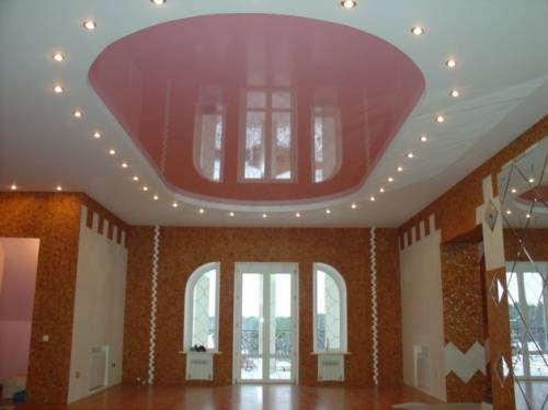 Натяжные потолки в дизайне спальни